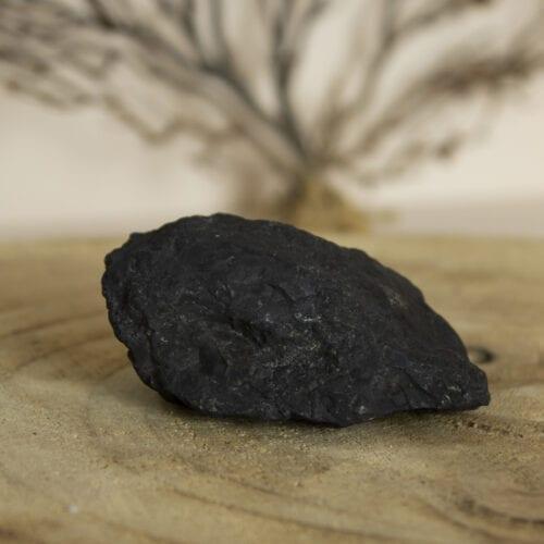 ruwe stenen edelsteen shungiet middel