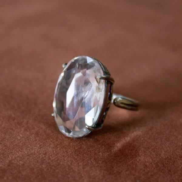 Bergkristal gepolijste edelstenen ring bescherming heling